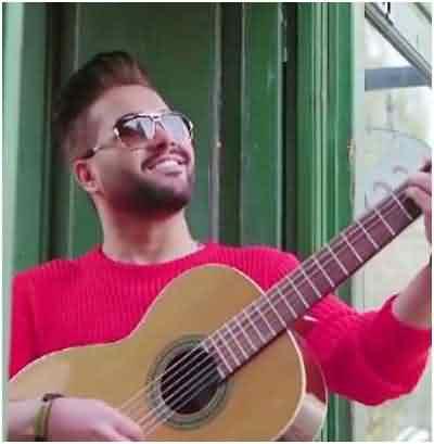 دانلود آهنگ دلت گرفت با من بخند همینجوری با من بخند