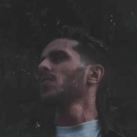 دانلود آهنگ میچکه قطره های بارون رو صورتم آروم مهریار